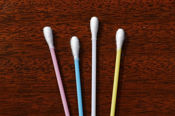 Atomic Blaze Online Smoke Shop suggests using qtips to clean your dab tools